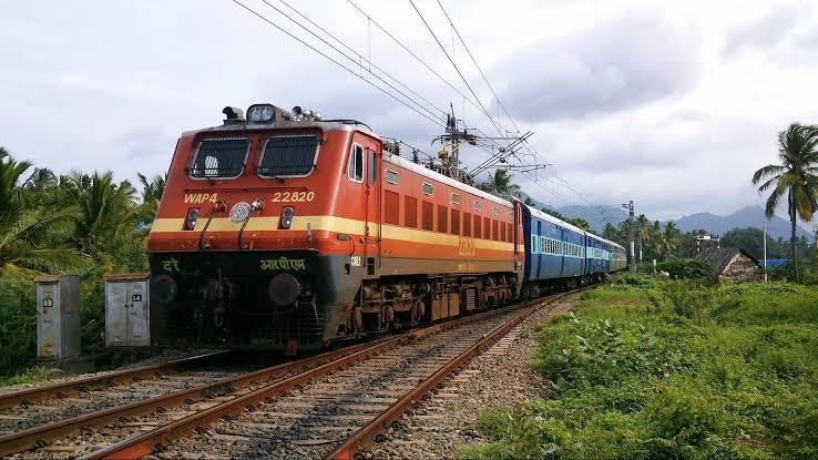 Bungalow Peon Practice of British Era Ends in Indian Railways
